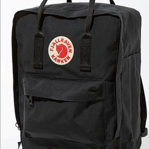 NEW fjall raven kanken black backpack